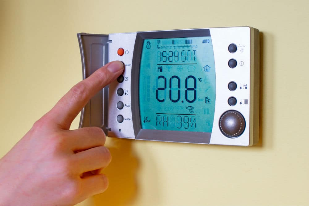 What kind of Smart Thermostat Should You buy?